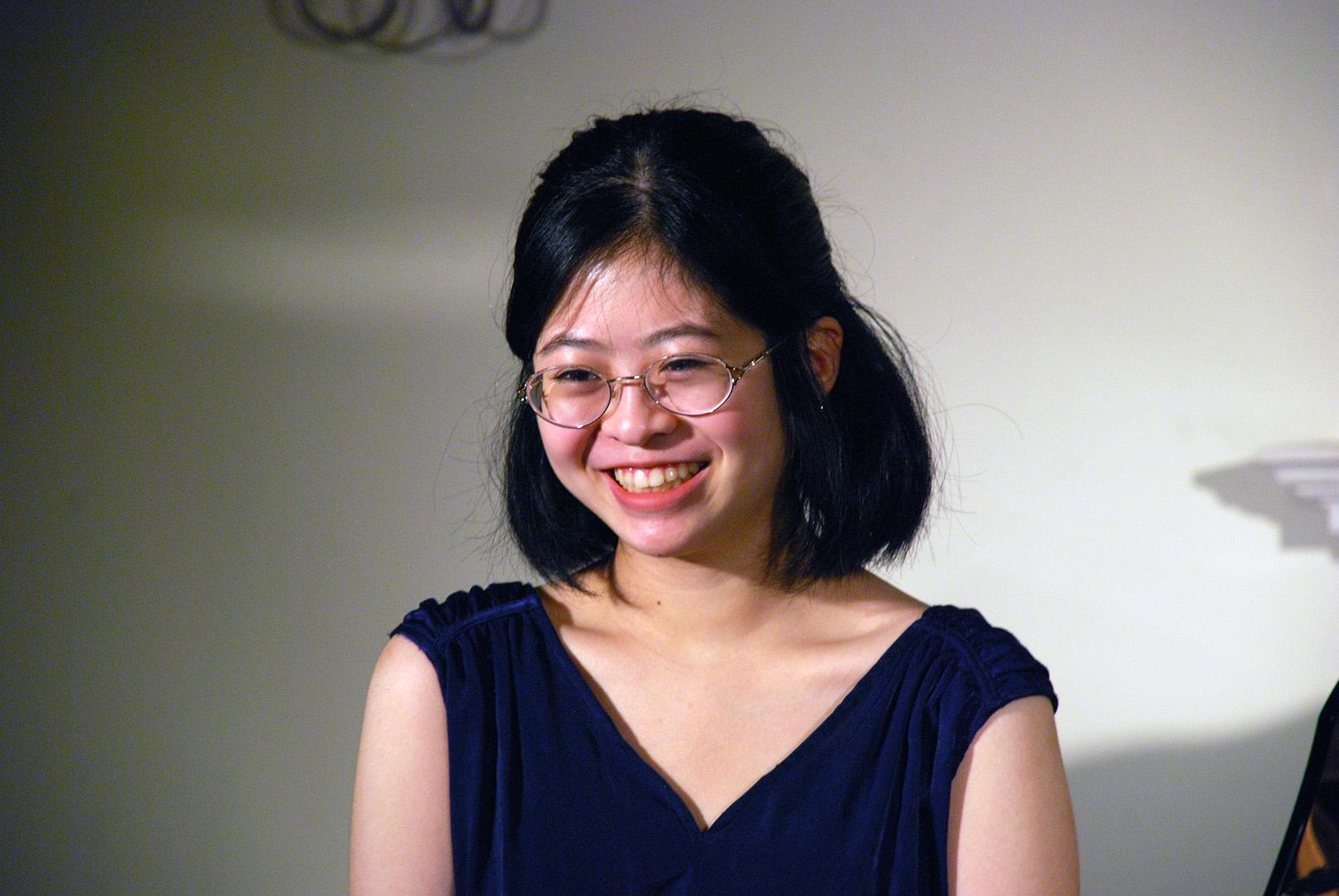 Amber Li, piano